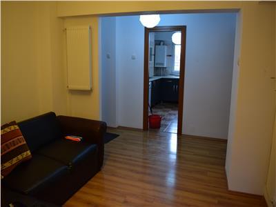 De inchiriat apartament 3-4 camere ultracentral