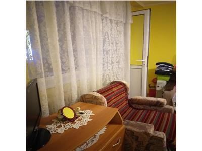 Apartament 2 camere Razboieni, parter cu balcon