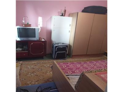 Apartament 2 camere Gavana II, cf II, etaj intermediar