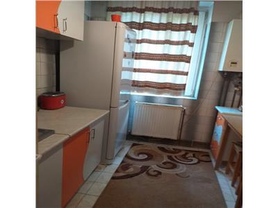 Apartament 3 camere Craiovei, etaj 3/4, liber